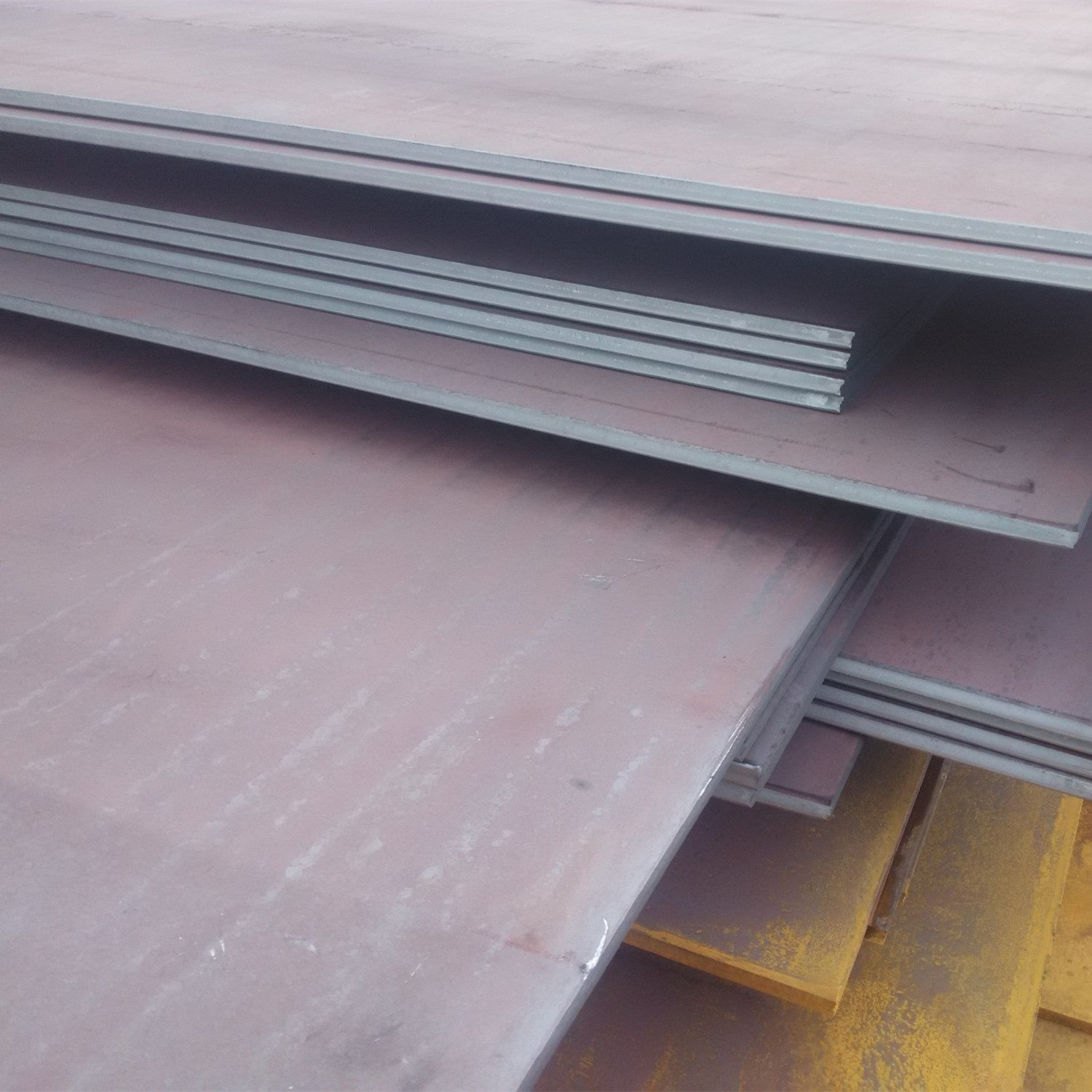 Abrasion resistant, wear-resistant steel plates Featured Image